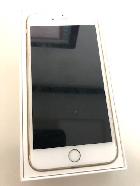 iPhone 6Plus Gold 64GB – 400 (Reduced to 250) Euros